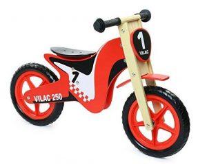 un modèle en bois et en forme de moto de la marque Vilac