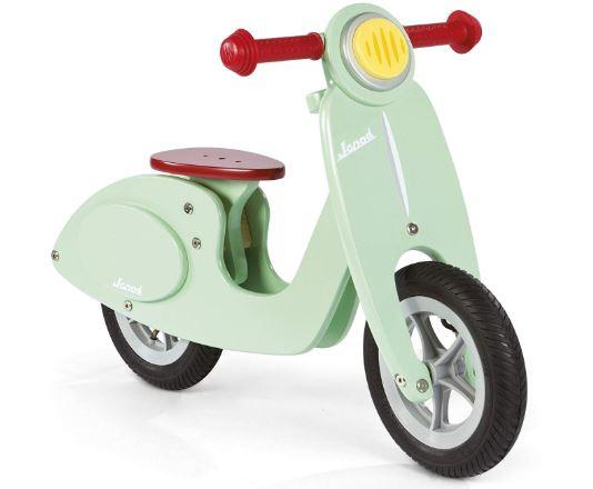 la draisienne Janod la plus vendue : la Janod Scooter Mint en forme de scooter